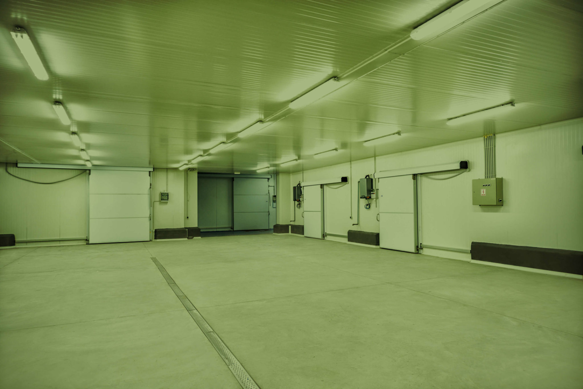 Interior cold storage facility